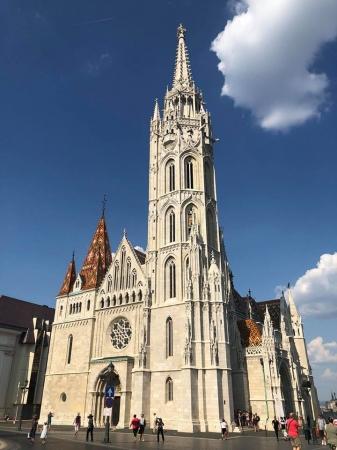 TOUR DELL'EUROPA DELL'EST: Budapest, Bratislava e Praga - AEREO + BUS Tour Estero